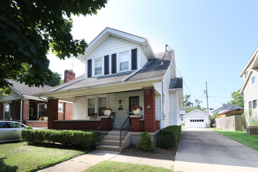 915 Clinton Ave Lindenwald, OH