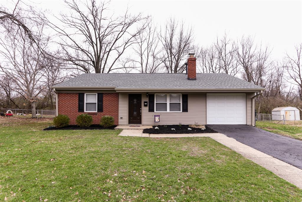 Exterior (Main) for 864 N Hill Ln Finneytown, OH 45224