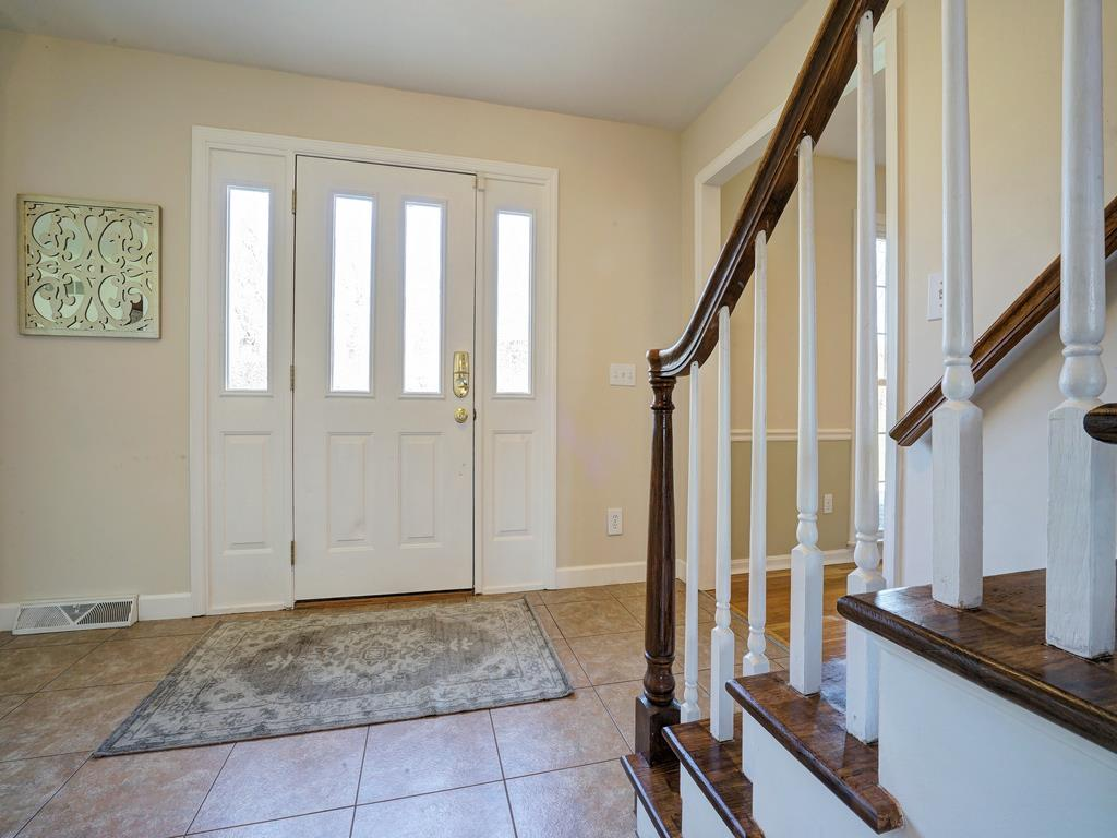Entrance Foyer for 11332 Ironwood Ct Sycamore Twp., OH 45249