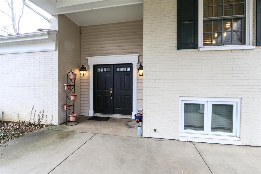 Entrance for 545 Sweetwood Ln Oakwood, OH 45419