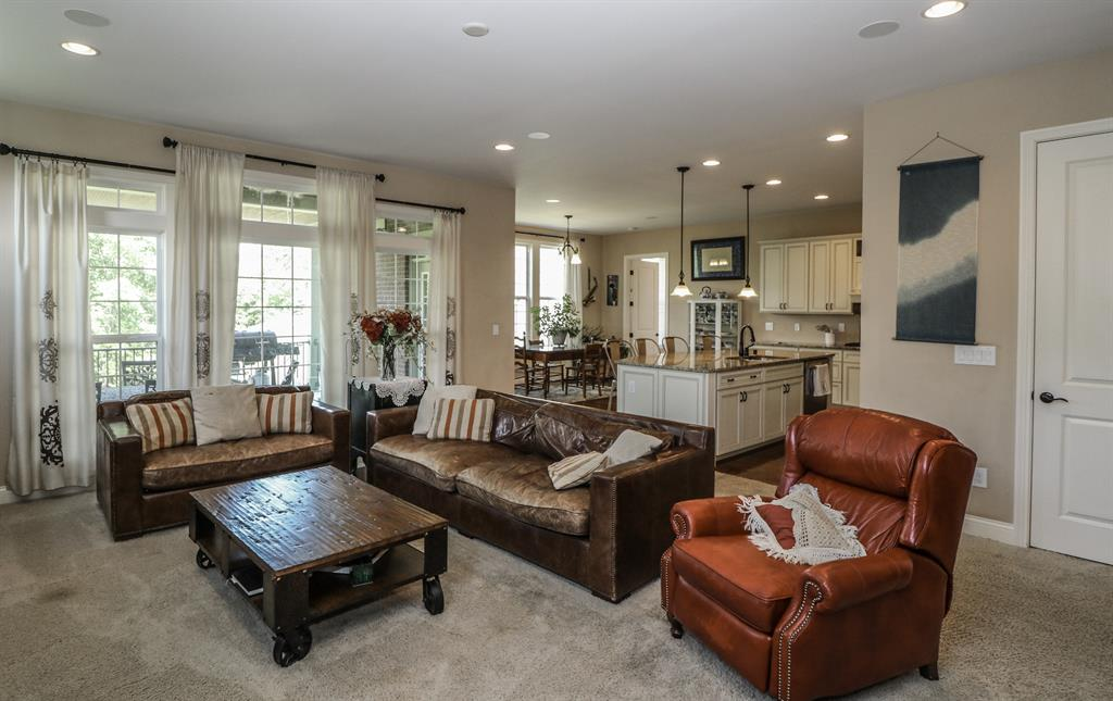 Living Room image 2 for 1456 Rolling Meadows Ct Union, KY 41091