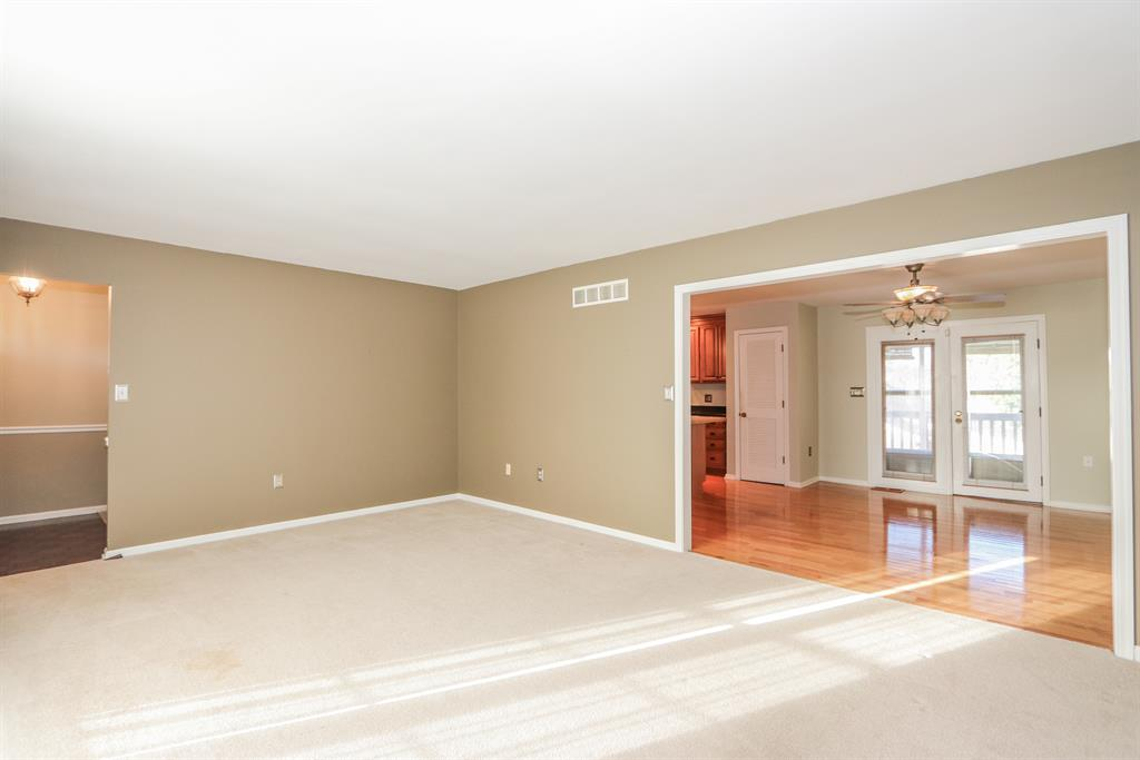 Living Room image 2 for 3069 Treetop Ln Edgewood, KY 41017
