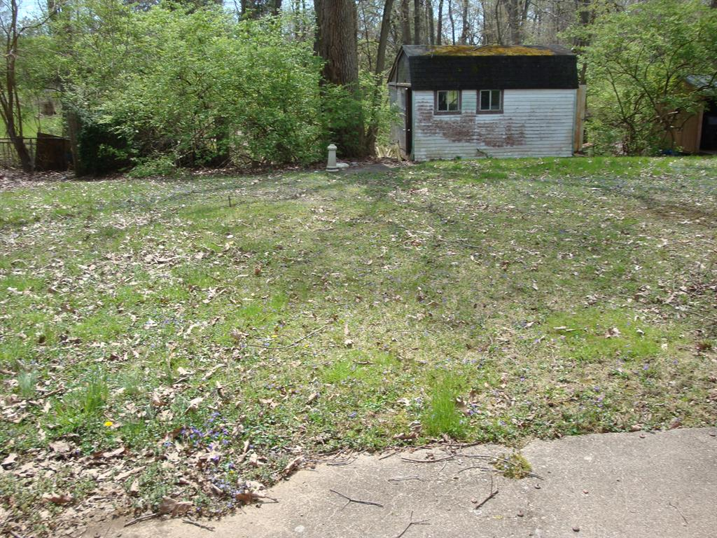 Yard for 30 Crestview Dr Milford, OH 45150