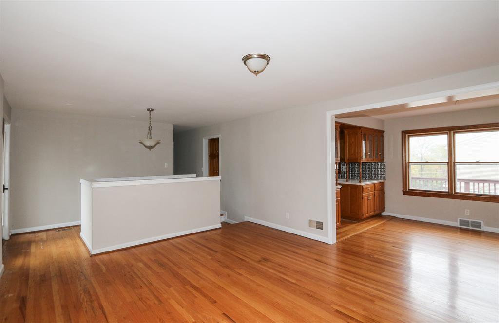Living Room image 2 for 1207 Hilltop Dr Park Hills, KY 41011