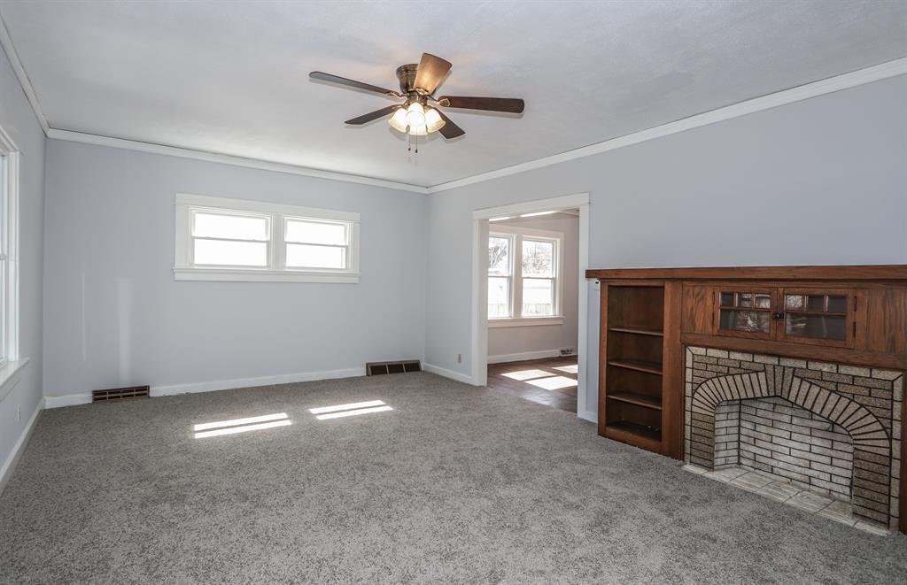 Living Room for 1559 Emmons Ave Dayton, OH 45410