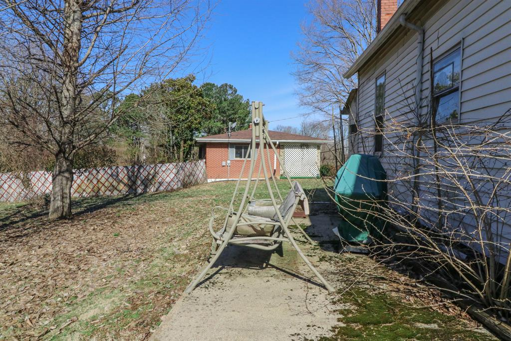 Patio for 9766 Decoursey Pike Ryland Heights, KY 41015