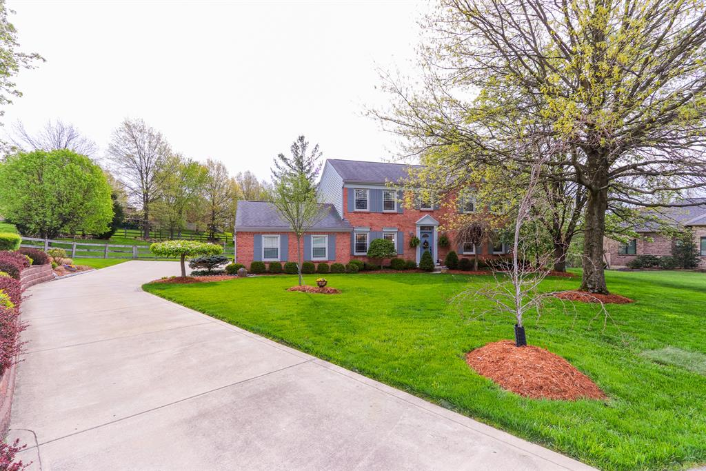 Exterior (Main) 2 for 112 Farmdale Ct Lakeside Park, KY 41017