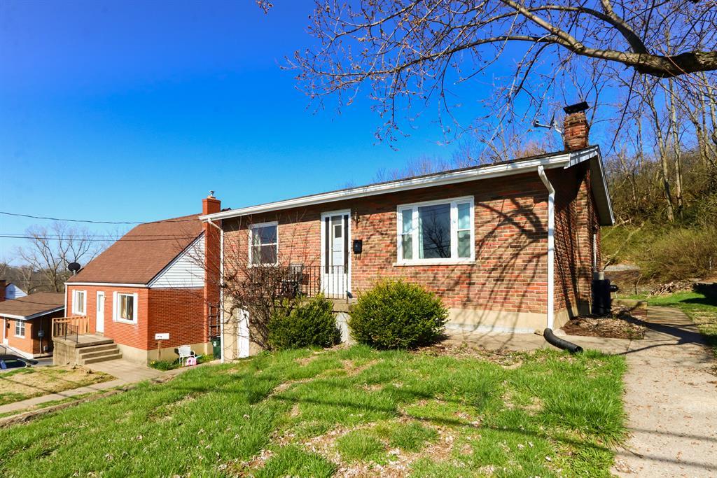 Exterior (Main) 2 for 19 East Ridge Pl Newport, KY 41071