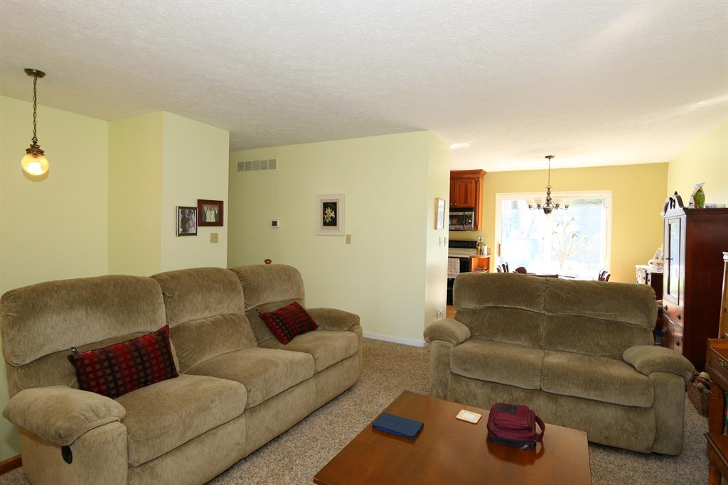 Living Room image 2 for 5 Paul Ln Alexandria, KY 41001