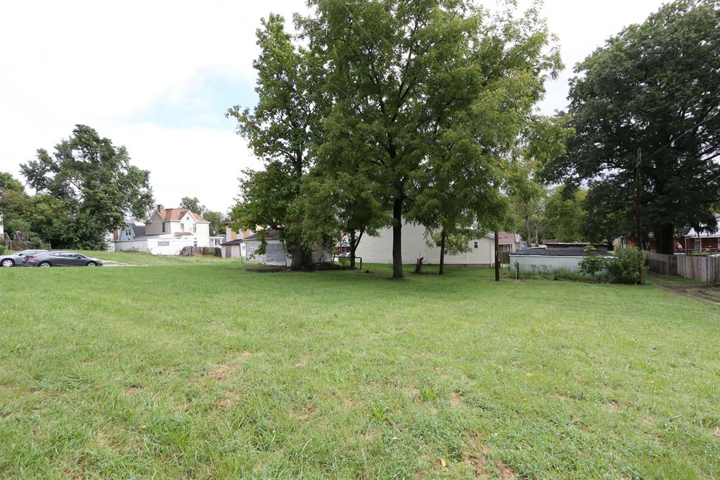 View for 4604 Decoursey Ave Covington, KY 41015