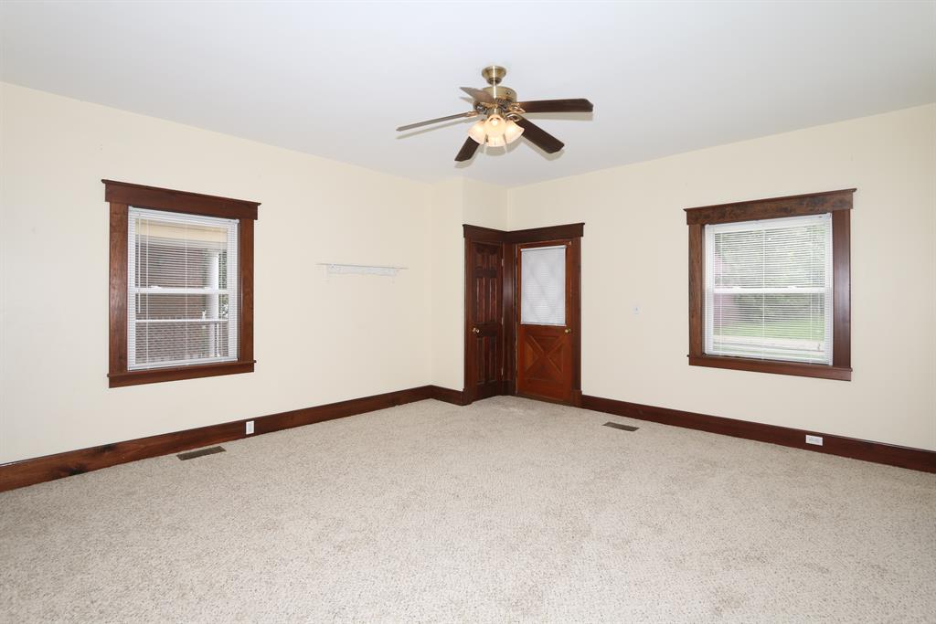 Living Room for 625 Saratoga St Newport, KY 41071