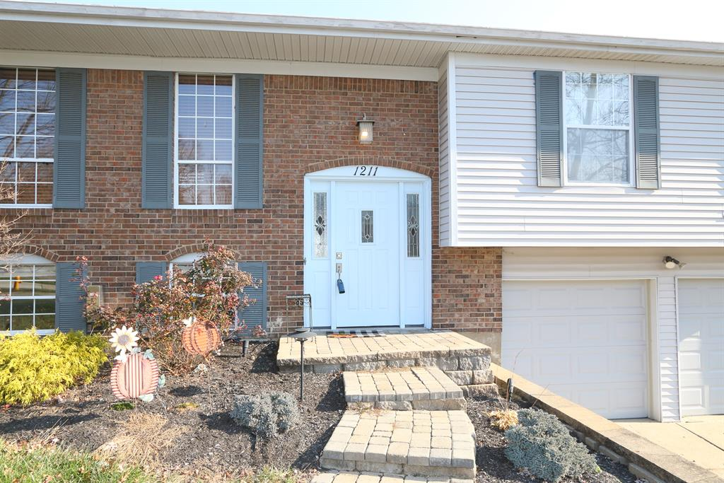 Entrance for 1211 Mockingbird Ct Edgewood, KY 41018