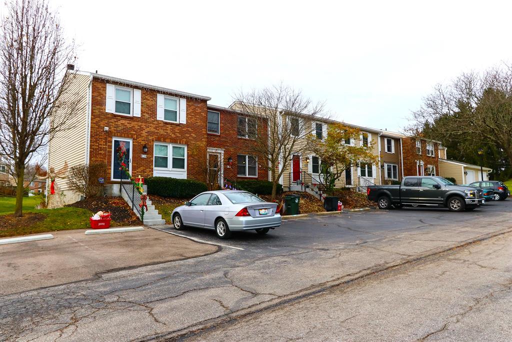 2814 Millbank Row Deerfield Twp., OH