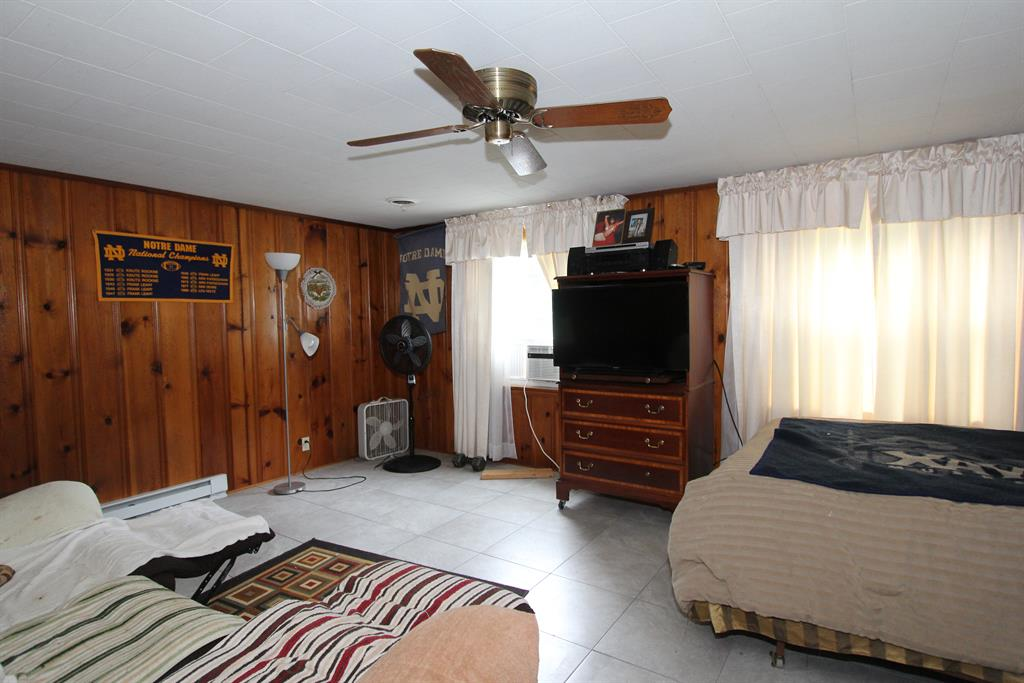 Living Room for 16566 S Broadway St Moores Hill, IN 47032