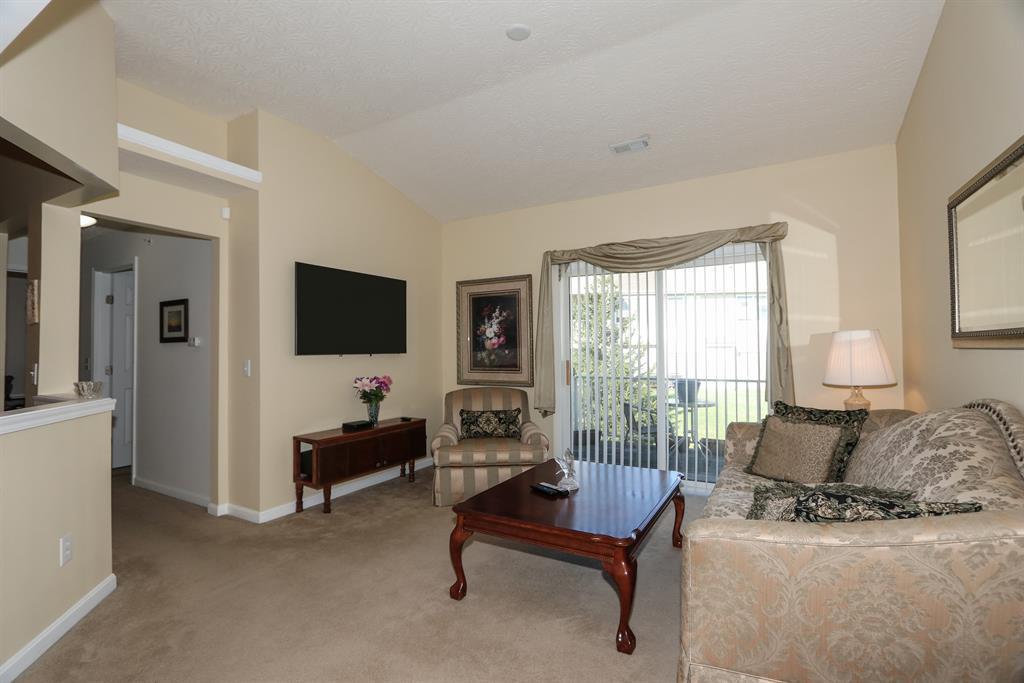 Living Room for 9311 Bridgecreek Dr Springfield Twp., OH 45231