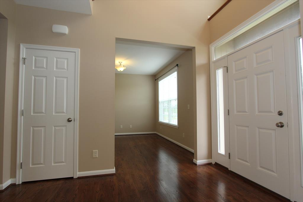 Foyer for 9416 Riviera Dr Union, KY 41091