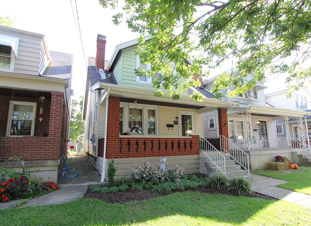 real estate photo 1 for 1544 Woodburn Ave Covington, KY 41011