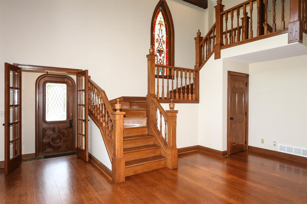 Foyer for 41 Leathers Rd Fort Mitchell, KY 41017