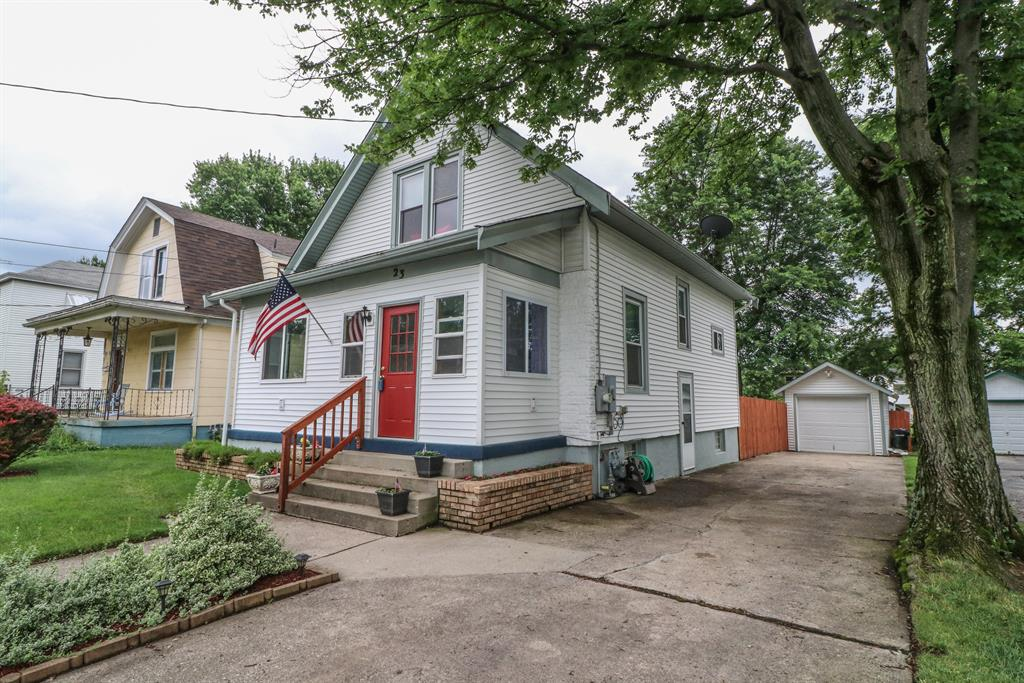 23 Woodsdale Ave Hartwell, OH