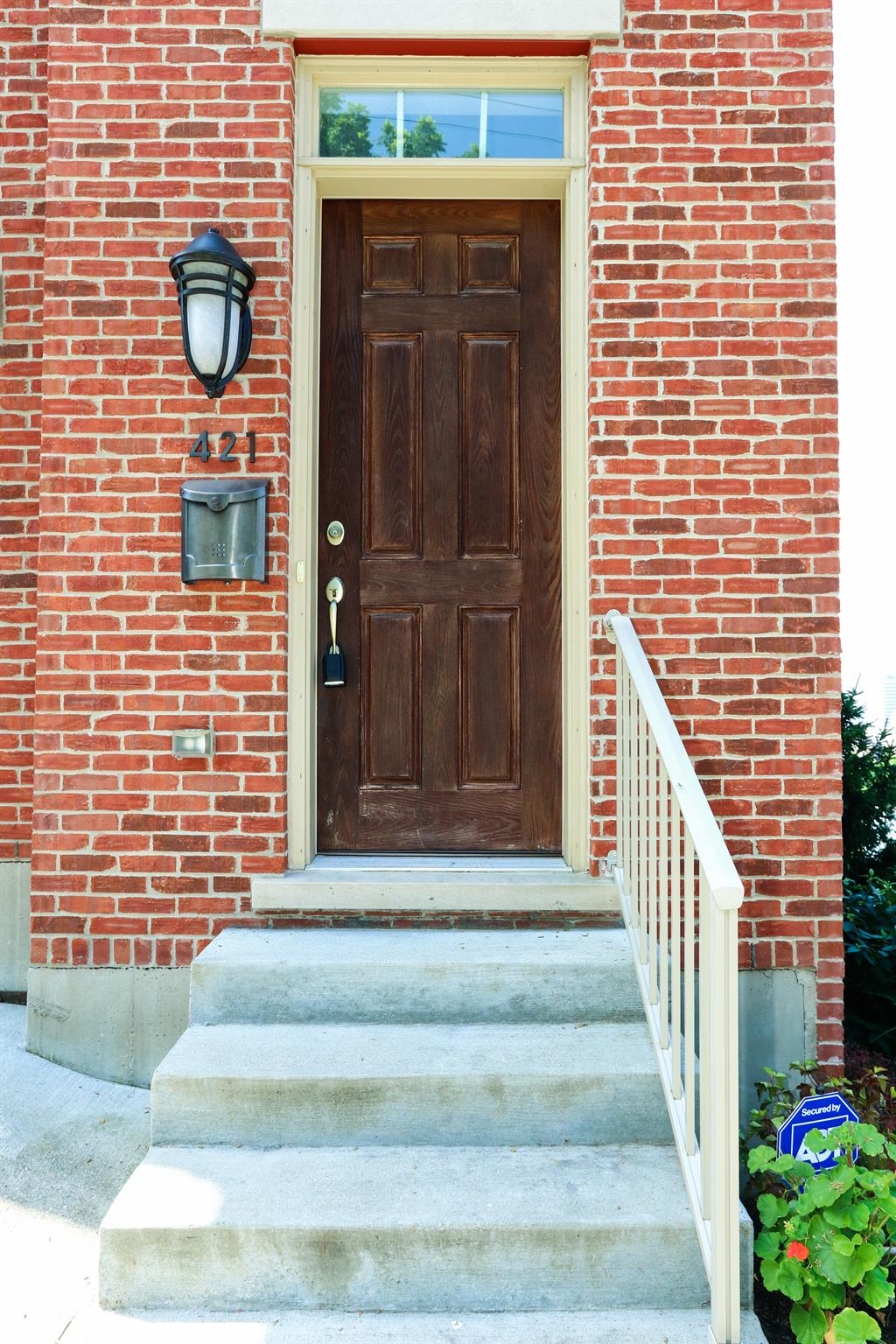 Entrance for 421 Boal St Mt. Auburn, OH 45202