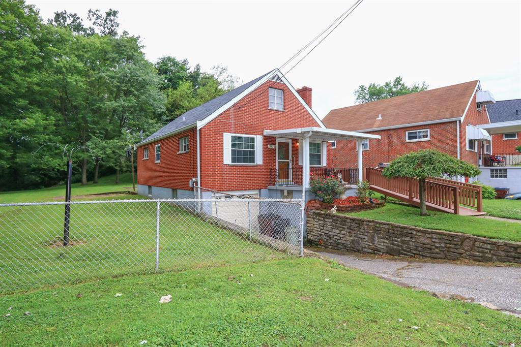 Exterior (Main) 2 for 2805 Rosina Ave Covington, KY 41015
