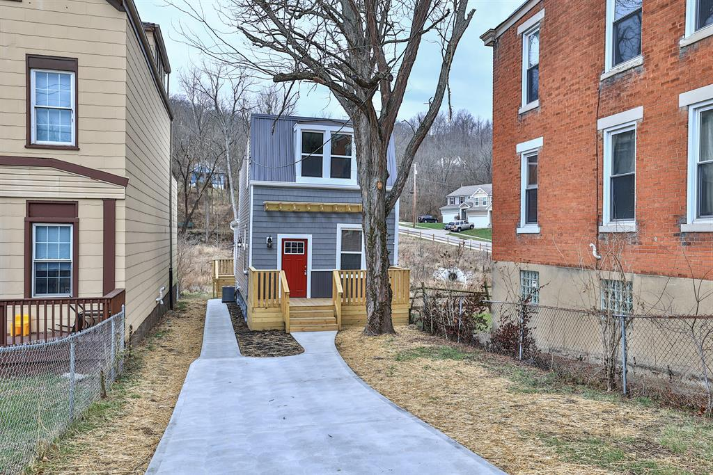 4399 Virginia Ave Northside, OH