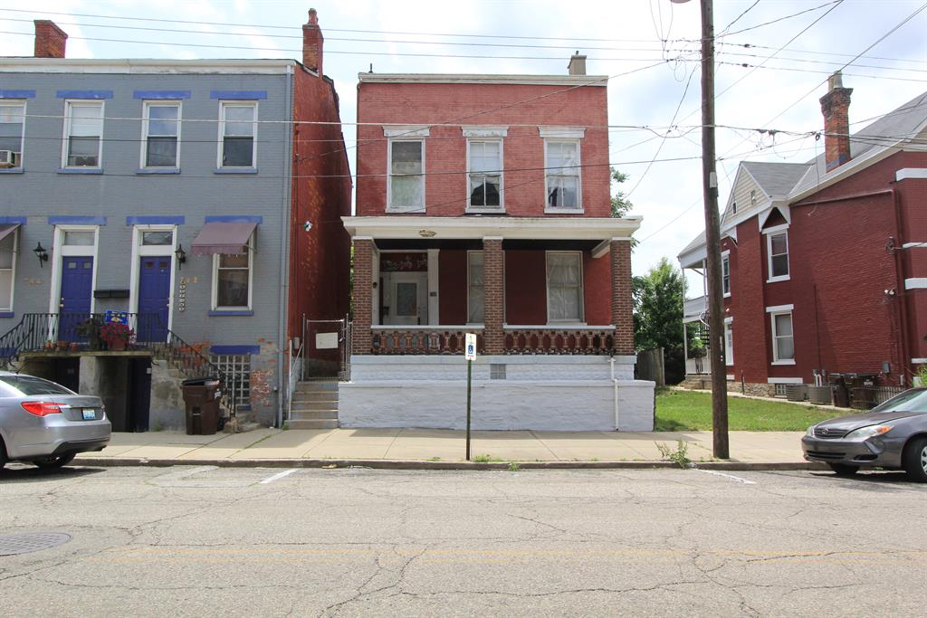 Exterior (Main) for 740 Columbia St Newport, KY 41071