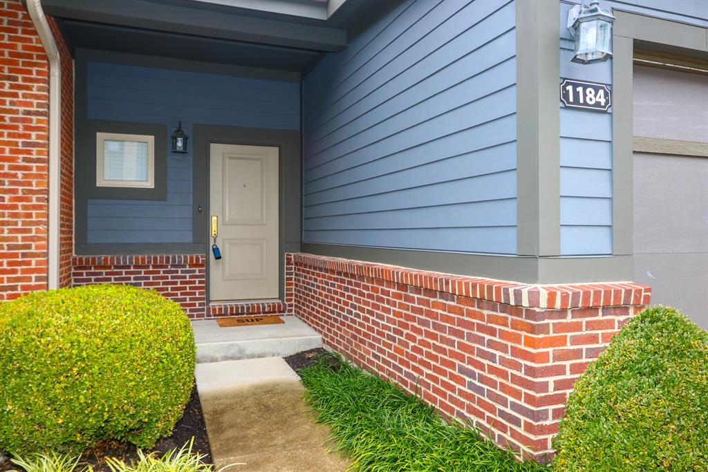 Entrance for 1184 Grays Peak Dr Covington, KY 41011