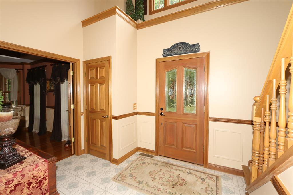 Foyer for 1190 Lickert Rd Alexandria, KY 41001