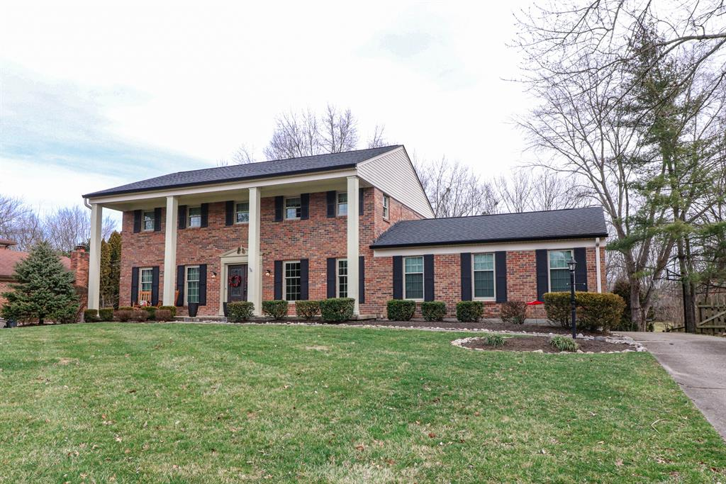 8745 Tanagerwoods Dr Montgomery, OH