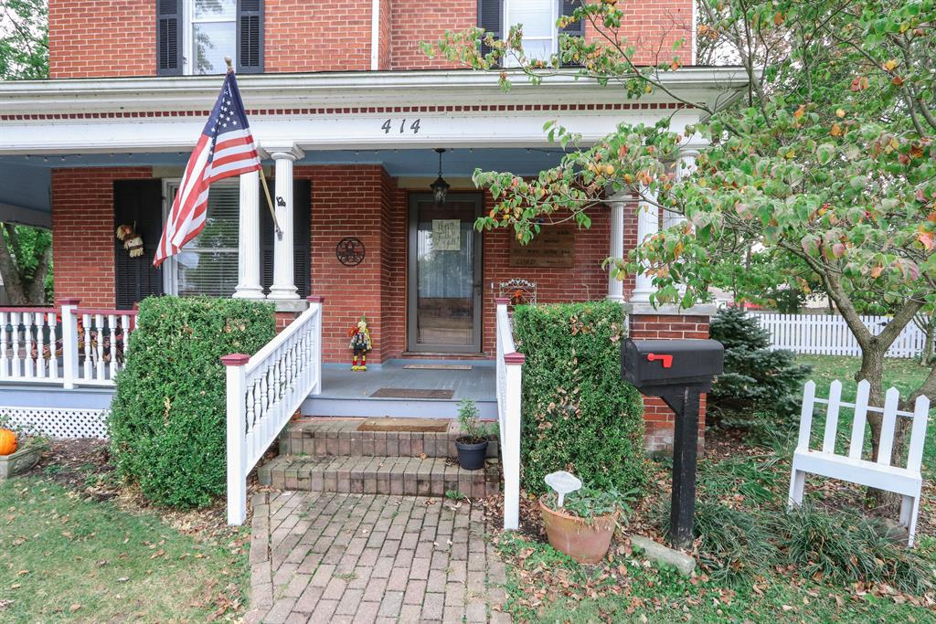 Entrance for 414 Park Ave Franklin, OH 45005