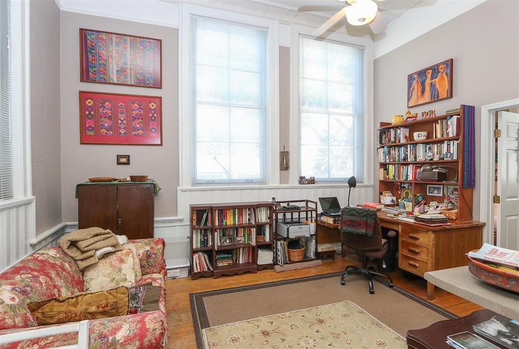 Living Room for 226 McDaniel St, 160 Dayton, OH 45405