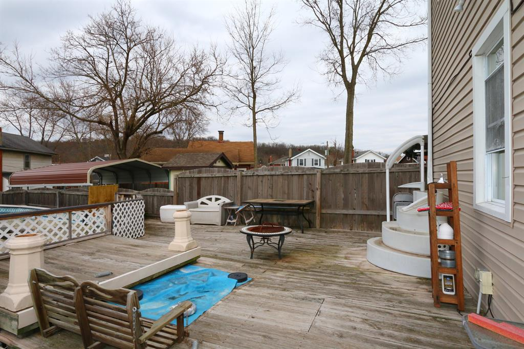 Deck for 3213 Decoursey Ave Covington, KY 41015