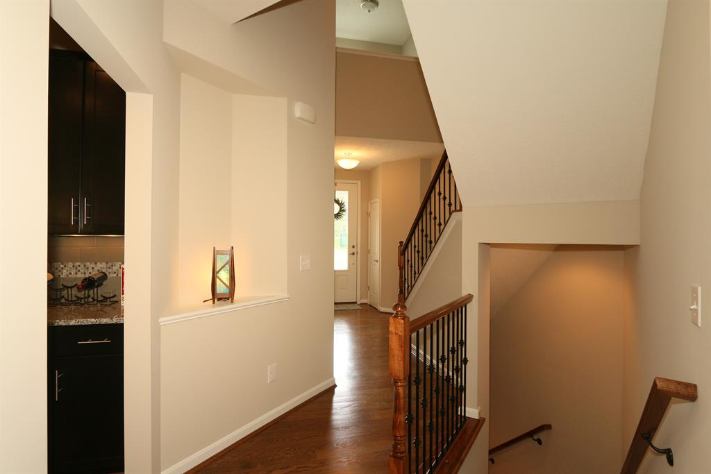 Foyer for 223 Mulberry Ct Fort Thomas, KY 41071