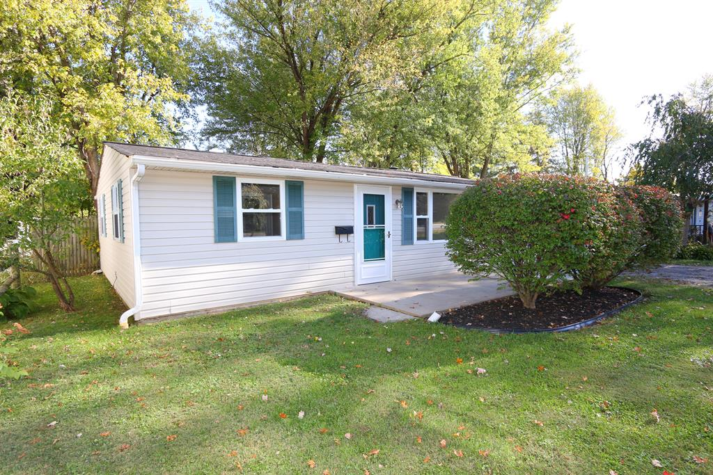 130 Pansy Pk Blanchester, OH