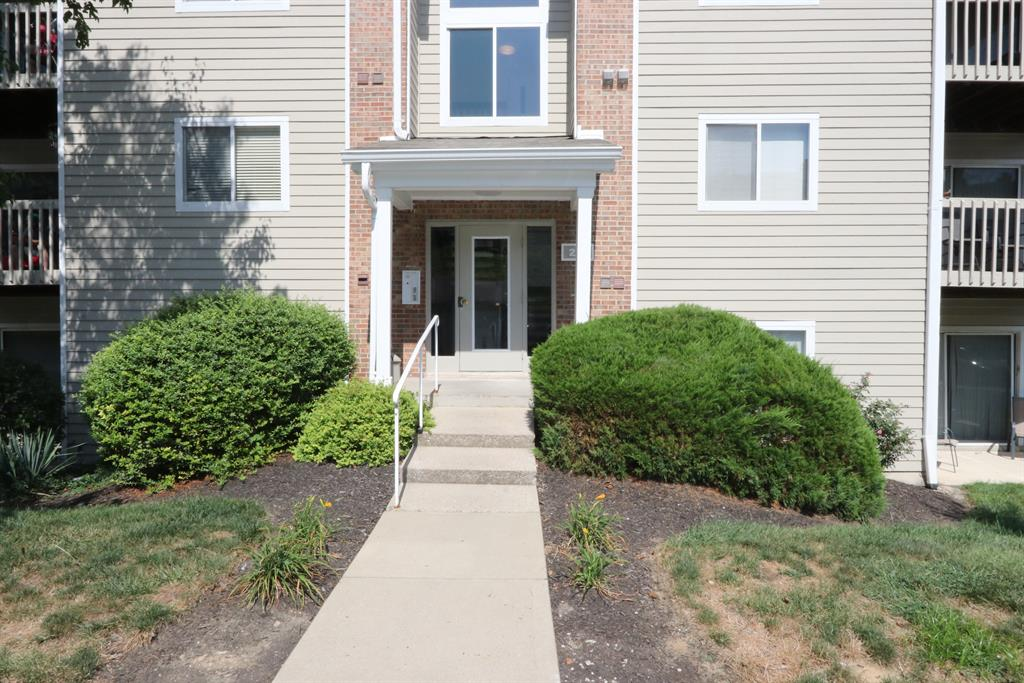Entrance for 210 Willowbrook Ct, 5 Wilder, KY 41071