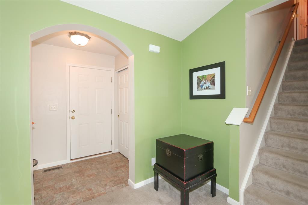Foyer for 1199 Edgewater Way Alexandria, KY 41001