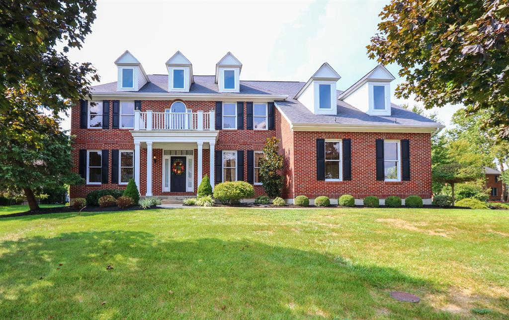 Stunning Curb Appeal for 10115 Chatham Woods Dr Symmes Twp., OH 45140