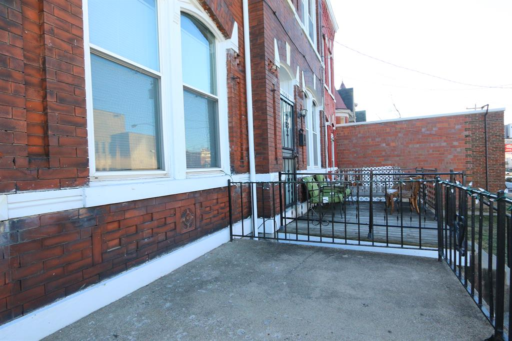 Porch for 1542 Madison Avenue Covington, KY 41011