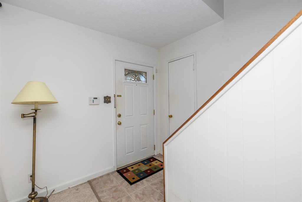 Foyer for 2909 Jessup Rd Green Twp, OH 45239