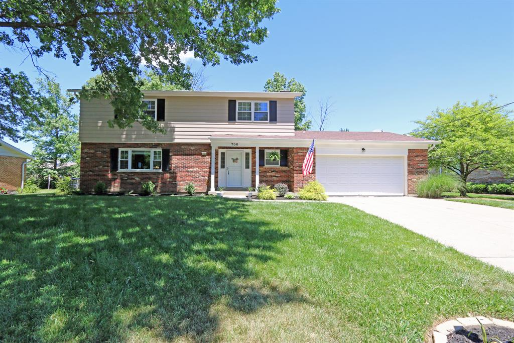 Exterior (Main) for 700 Silverhedge Dr Springfield Twp., OH 45231