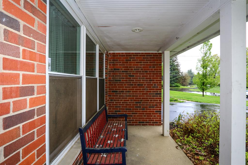 Entrance for 9995 Winlake Dr Springfield Twp., OH 45231