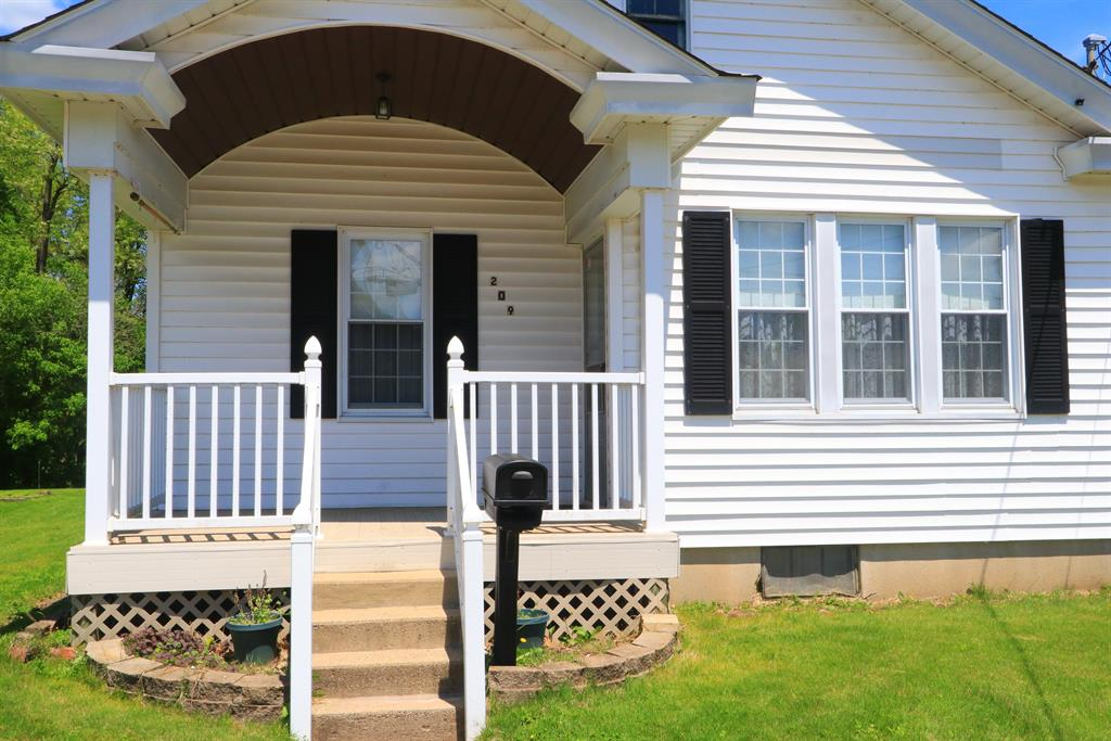 Entrance for 209 W Harrison Ave West Harrison, IN 47060