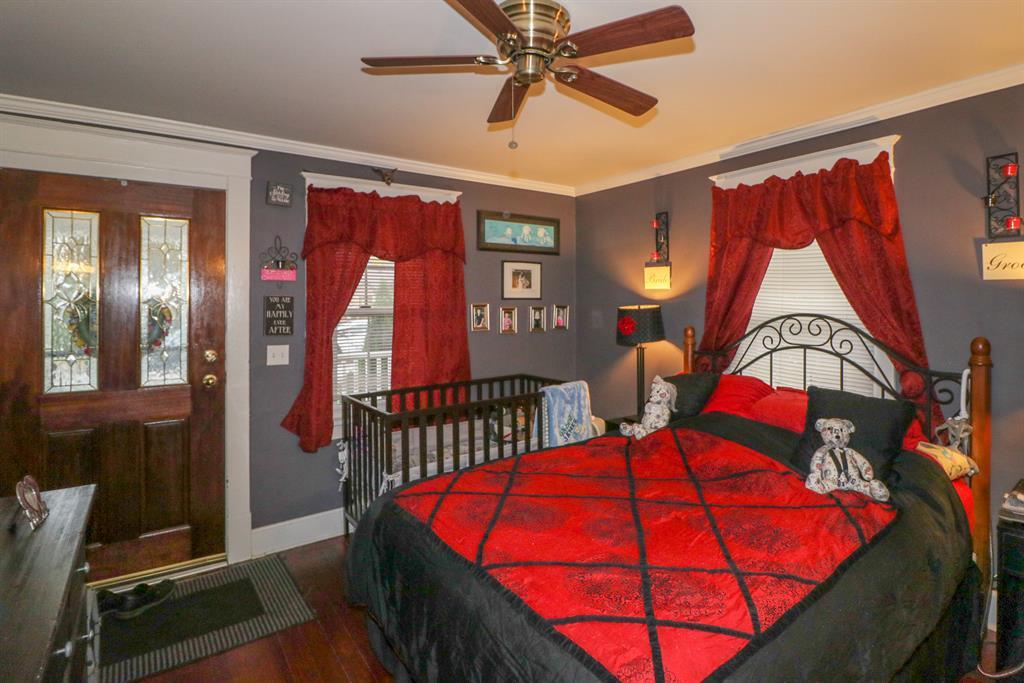 Living Room for 35 Sanders Dr Florence, KY 41042