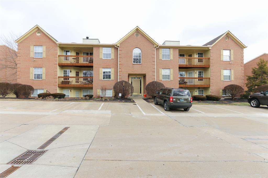 Exterior (Main) 2 for 25 Highland Meadows Cir, 1 Highland Heights, KY 41076