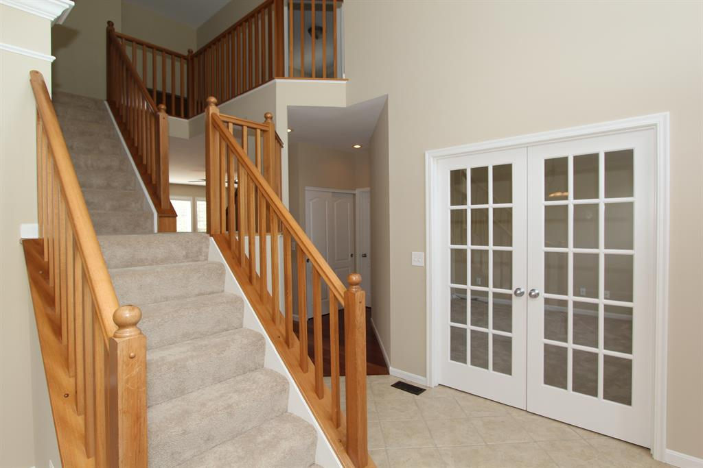 Foyer for 1597 Grandview Dr Hebron, KY 41048