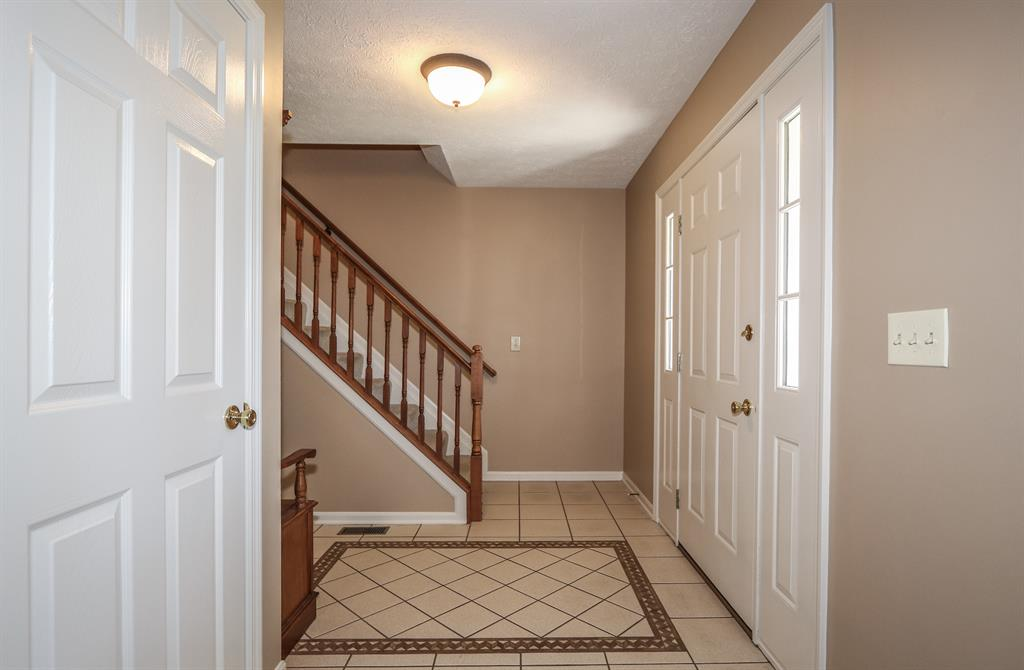 Foyer for 7905 Tylers Wy West Chester - East, OH 45069