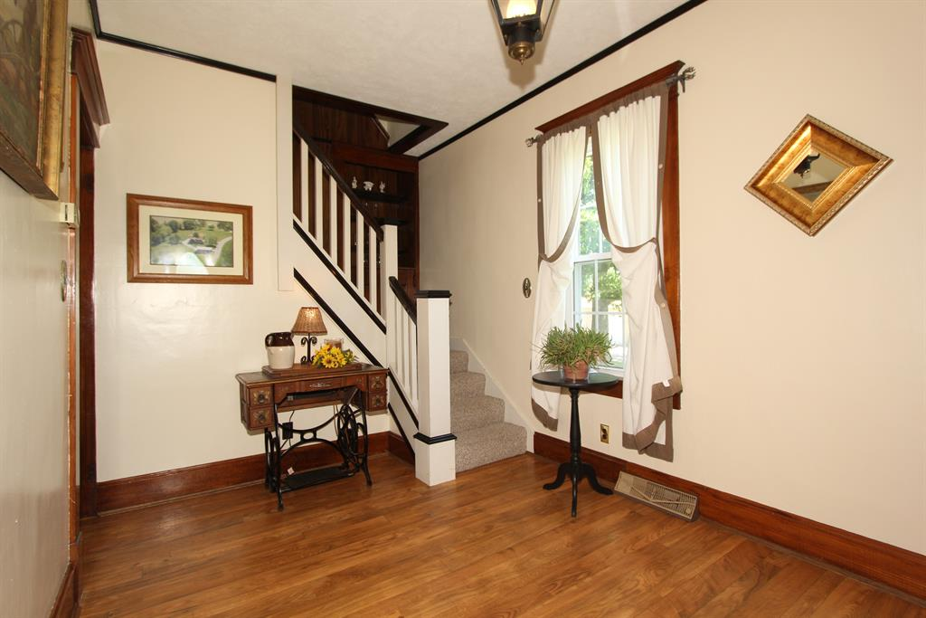 Foyer for 10798 Highway 10 N Foster, KY 41043