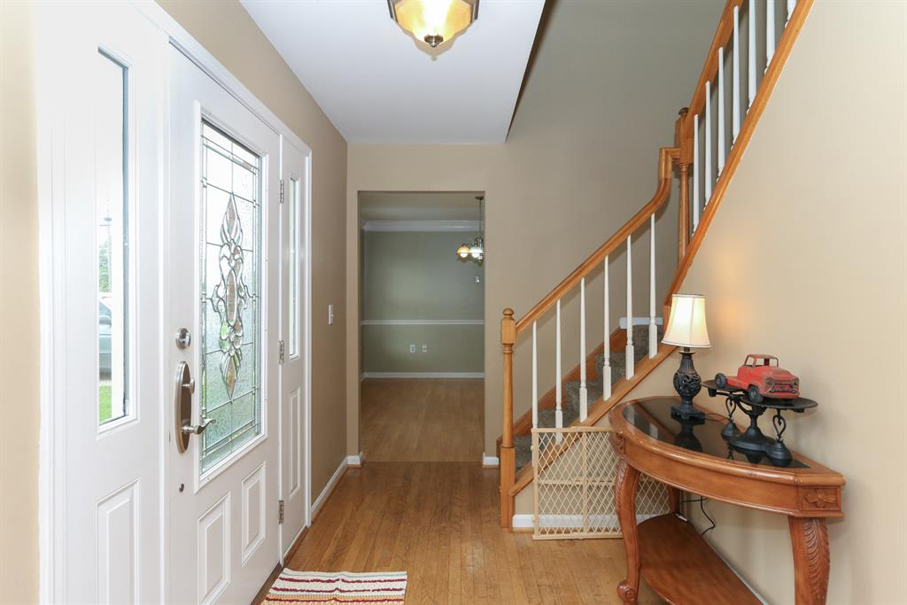 Foyer for 3037 Charter Oak Rd Edgewood, KY 41017