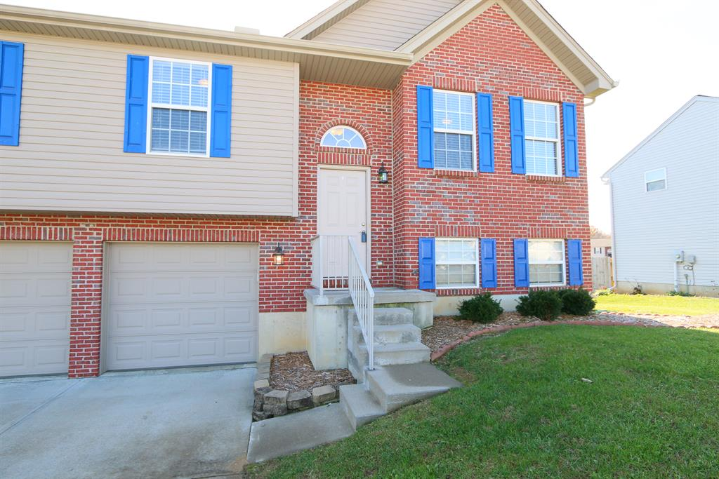 Entrance for 10414 Sharpsburg Dr Independence, KY 41051